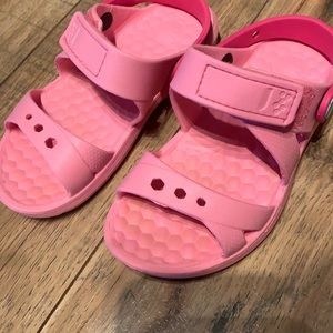 Pink sandals size 12/13 Like new